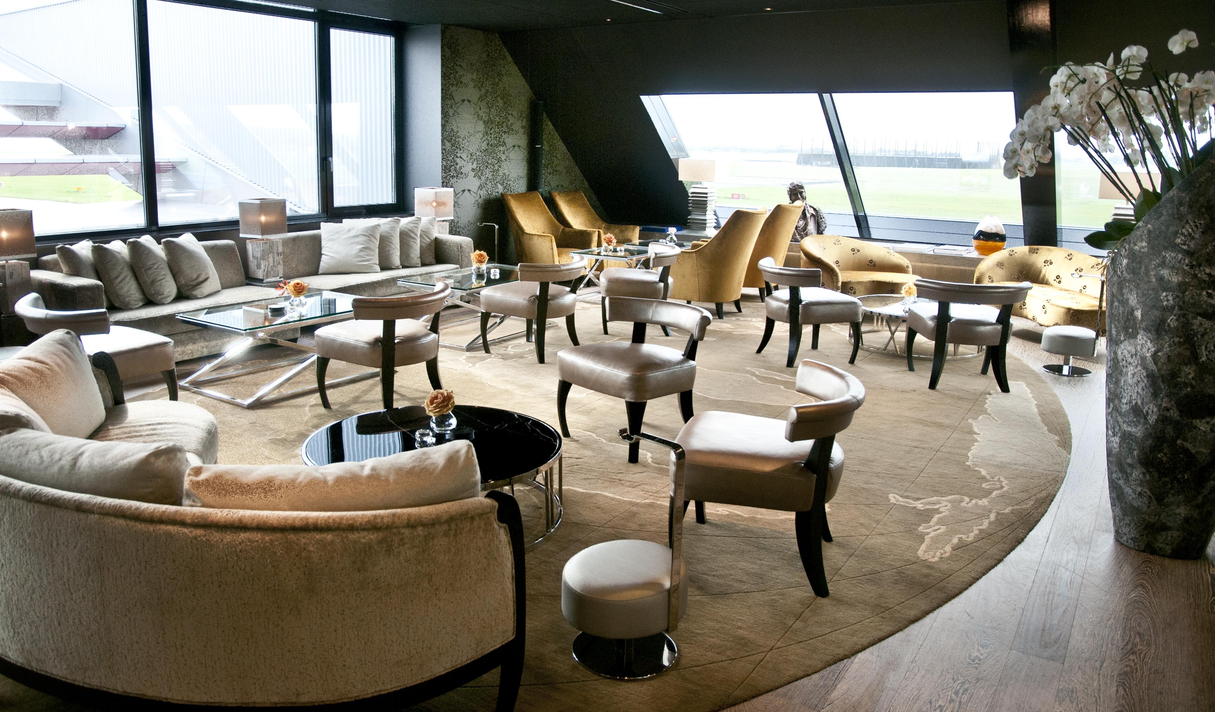 Home Wandbekleding bedrijven Summum Private Jet Lounge: www.mauricedeman.nl/portfolio-view/summum-private-jet-lounge